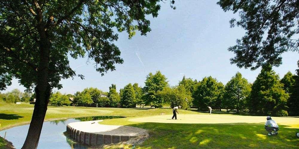 golf-bordeaux-lac1