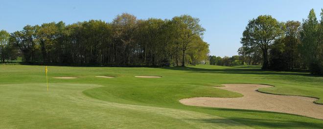 golf-lac-au-duc1